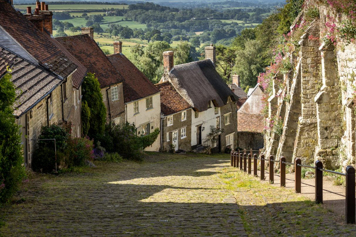 Gold Hill, Shaftesbury Village
