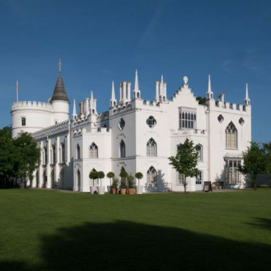 Get 2FOR1 entry to Strawberry Hill with South Western Railway
