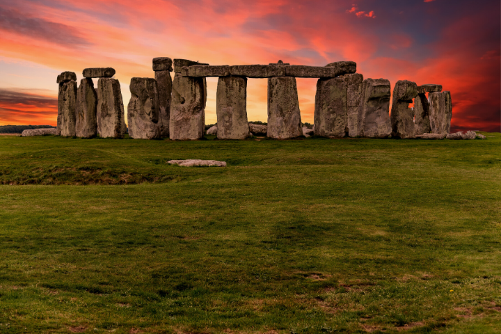 Visit the Winter Solstice at Stonehenge with SWR